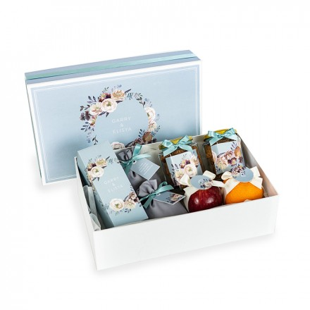 Greys Floral Hamper